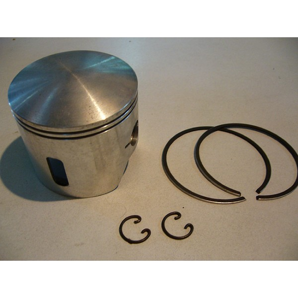 Montesa 247 piston  with , clips and rings diam 72.55mm