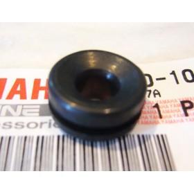 Yamaha TY 250 Air box rubber grommet