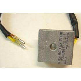 Light 12 volts régulator