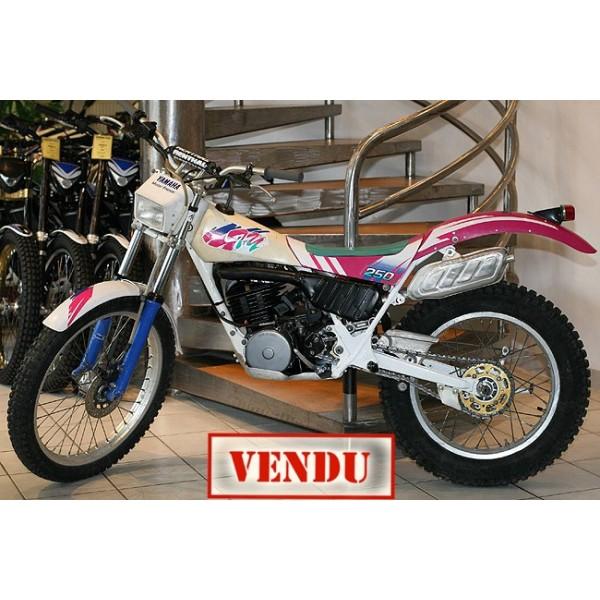 YAMAHA 250 R