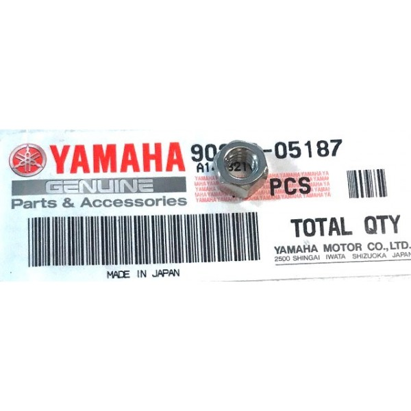 Yamaha TY 125, 175 et 250 écrou goujon cylindre / echappement (et fixation de phare arrière)